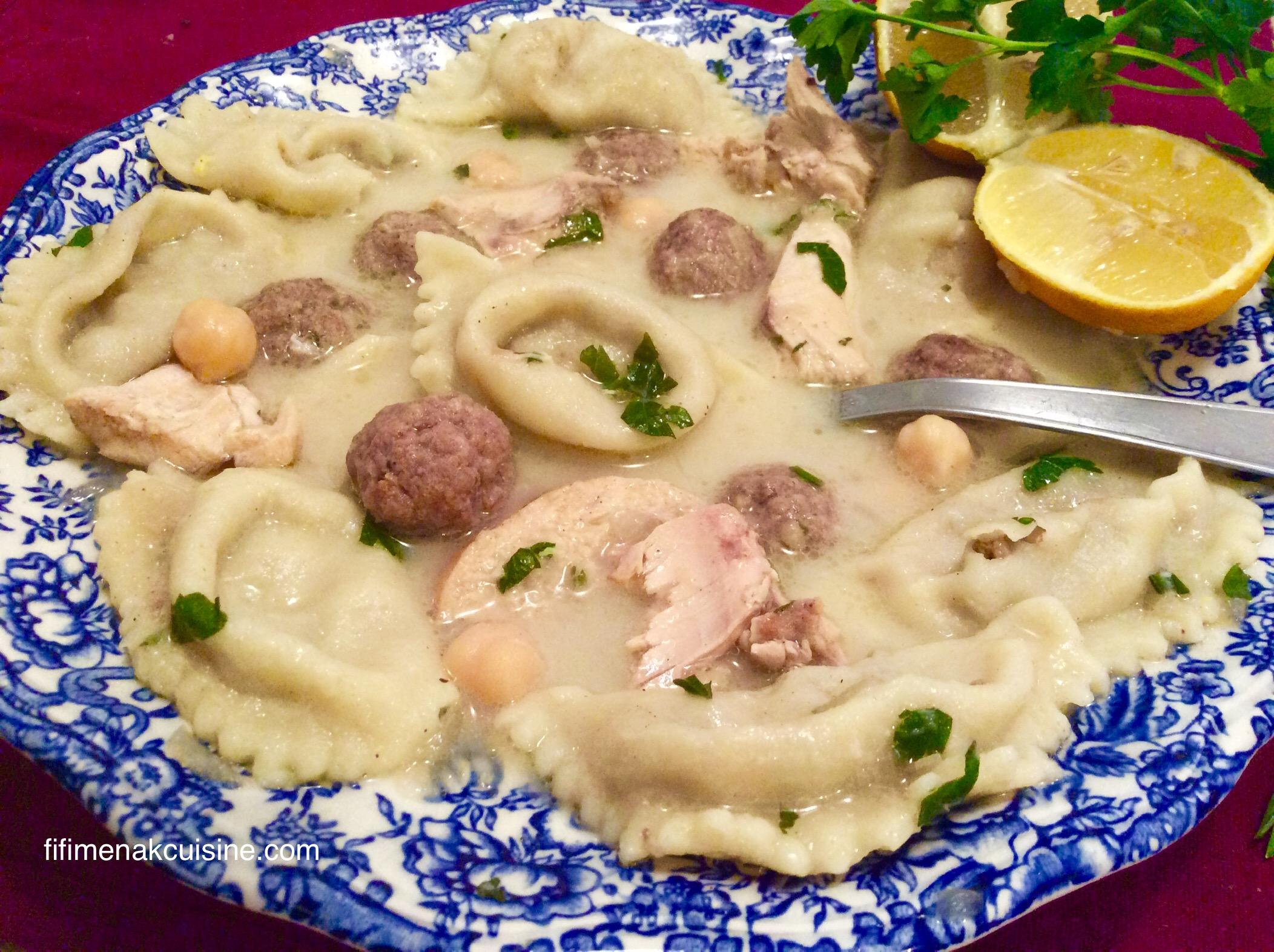 Soupe aux petits chaussons (chorbet el bouirkat)