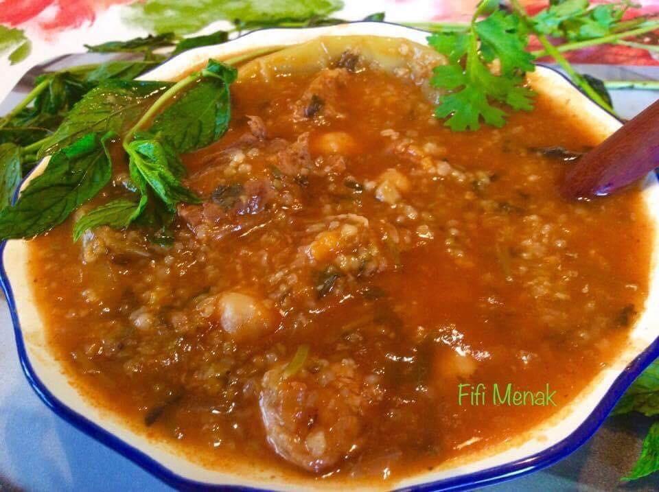 Soupe au blé concassé (Chorba frik)