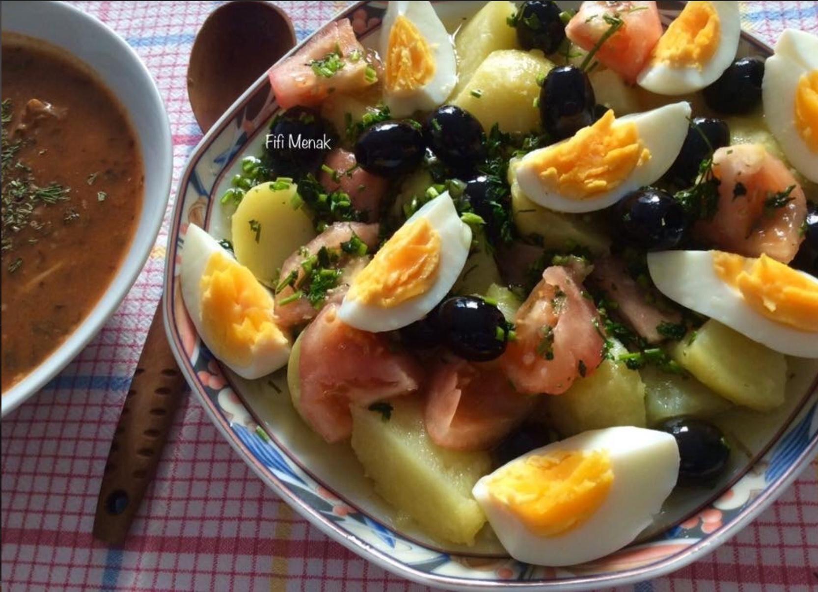 Salade algérienne aux pommes de terre et oignon