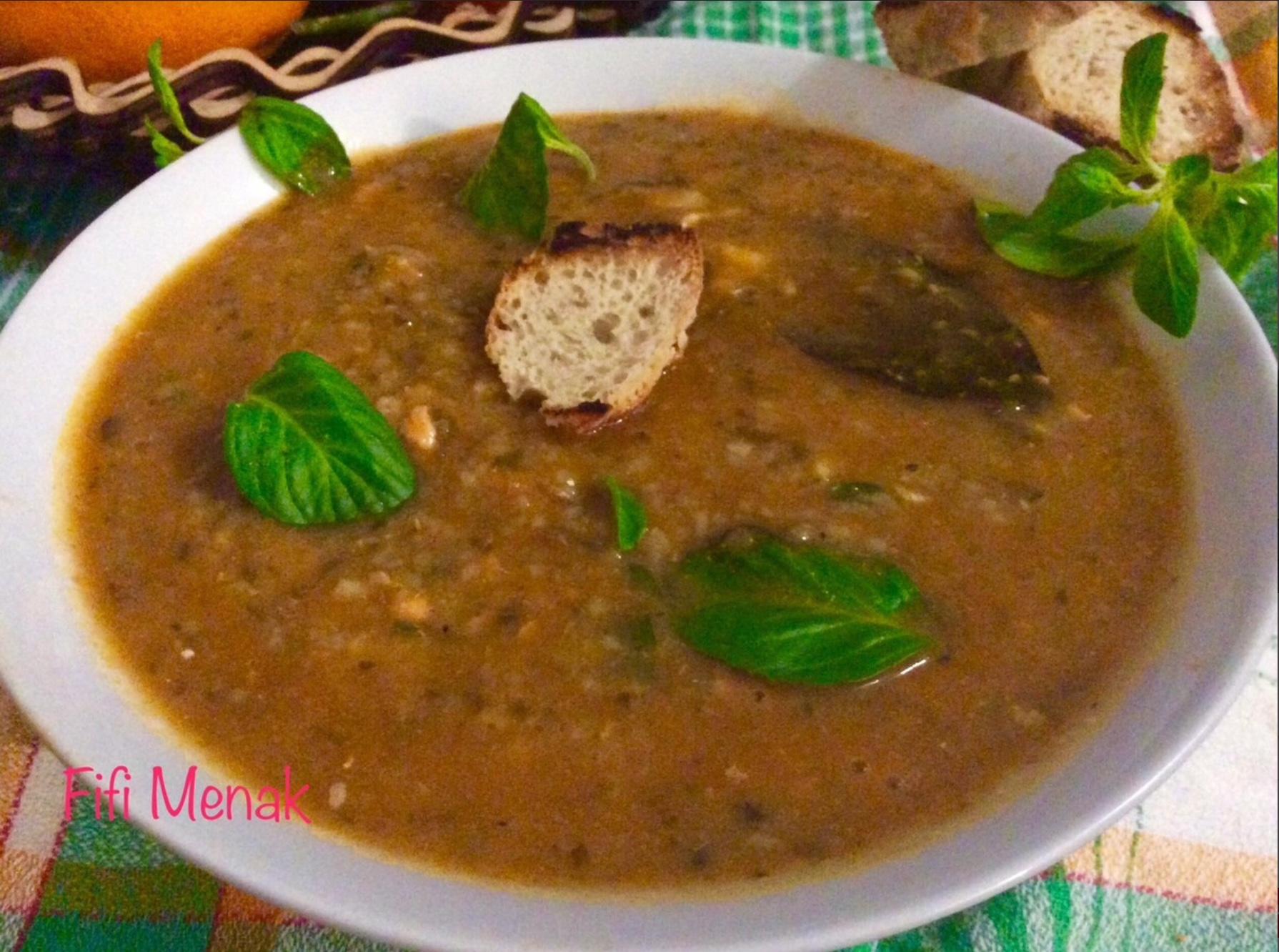Soupe au merlan et à la graine de couscous d'orge