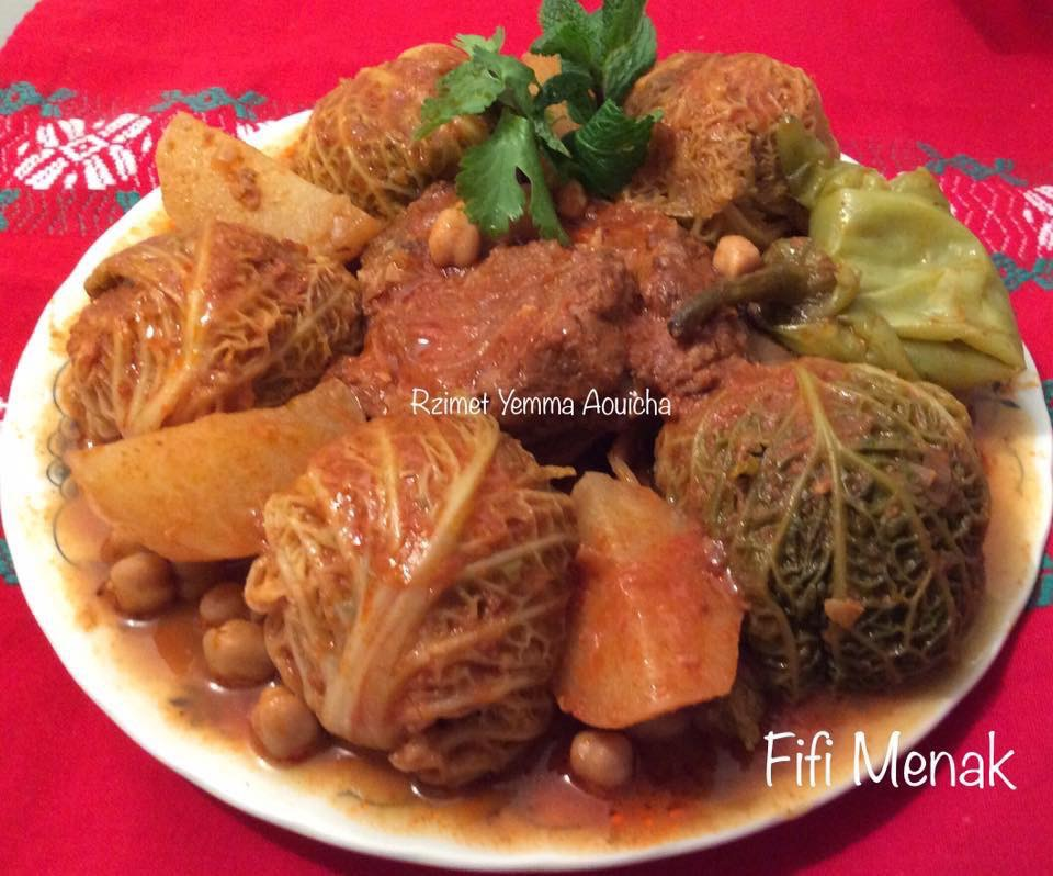 Chou farci en sauce rouge (Rzimet Yemma Aouicha)