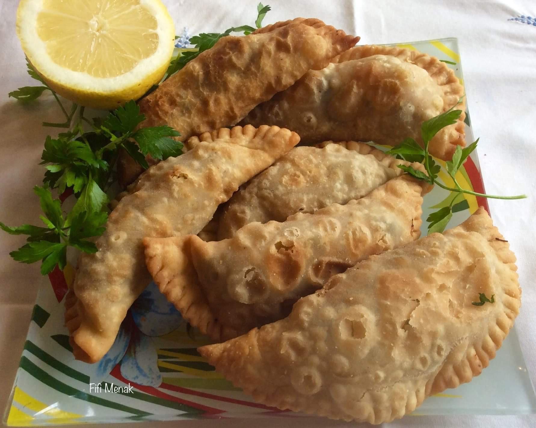 Chaussons frits (Bourek Laadjine)