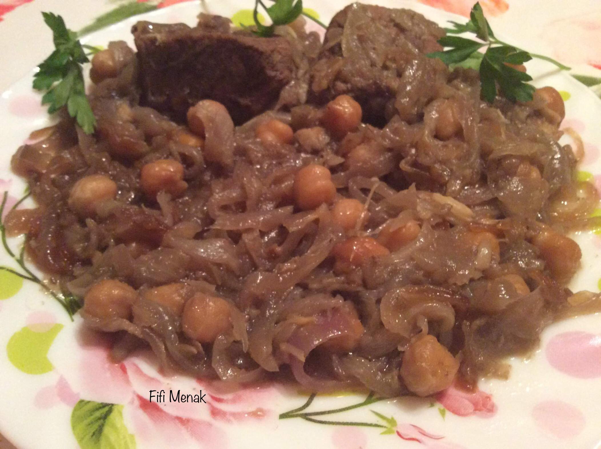 Râgout à la viande et aux oignons (Tbahedj bel ham)