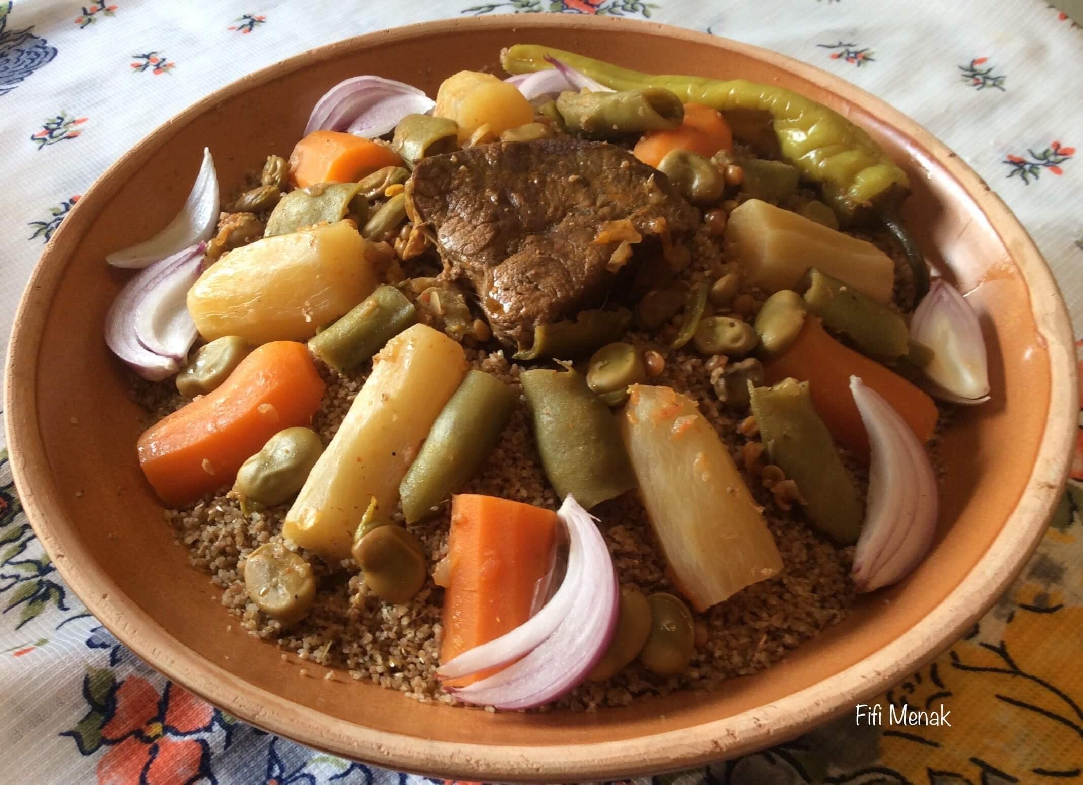Couscous en sauce aux fèves tendres (Seksou Sivawen)
