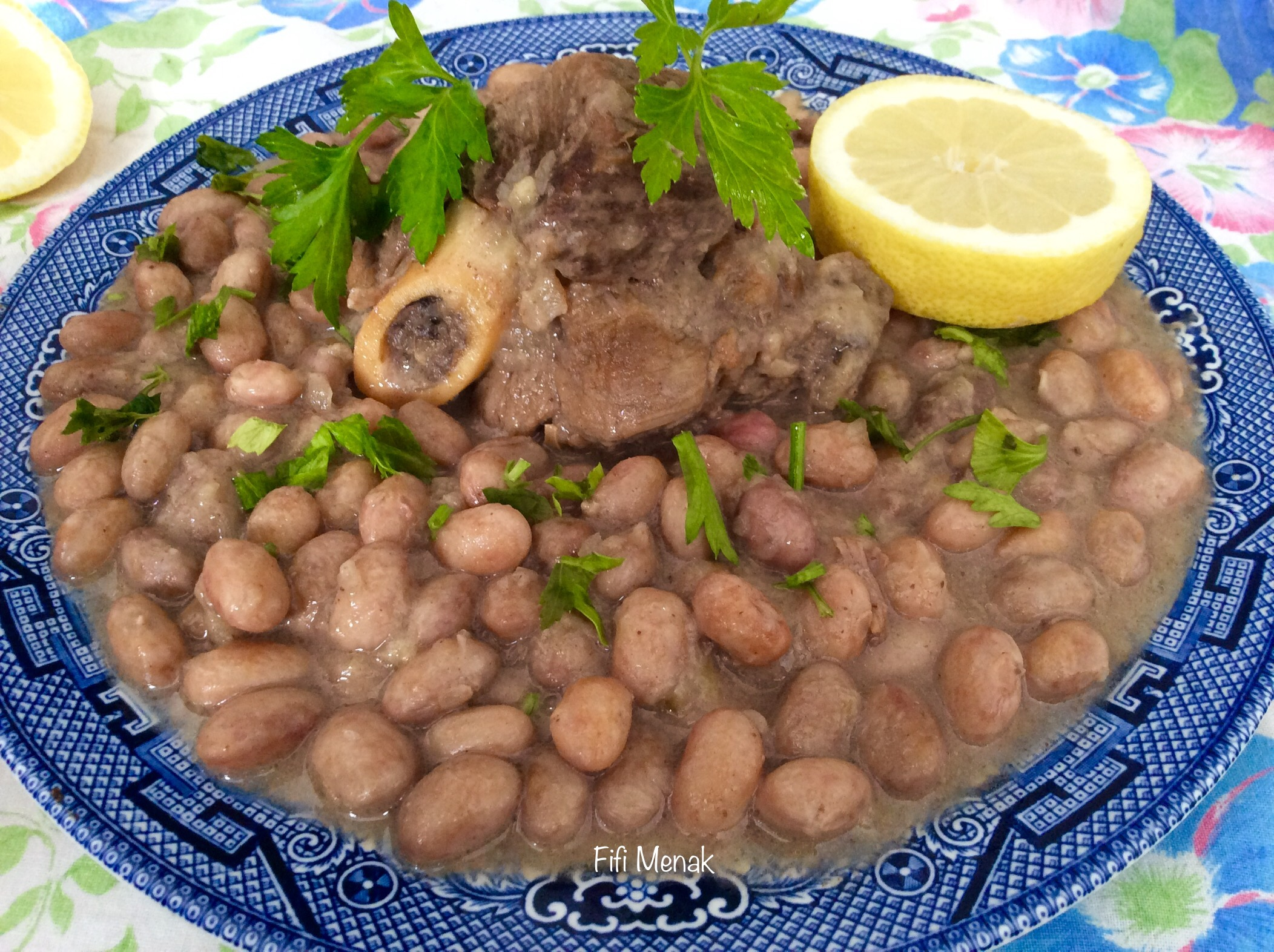 Haricots blancs frais en sauce blanche (Loubia fessassa marqa bida)