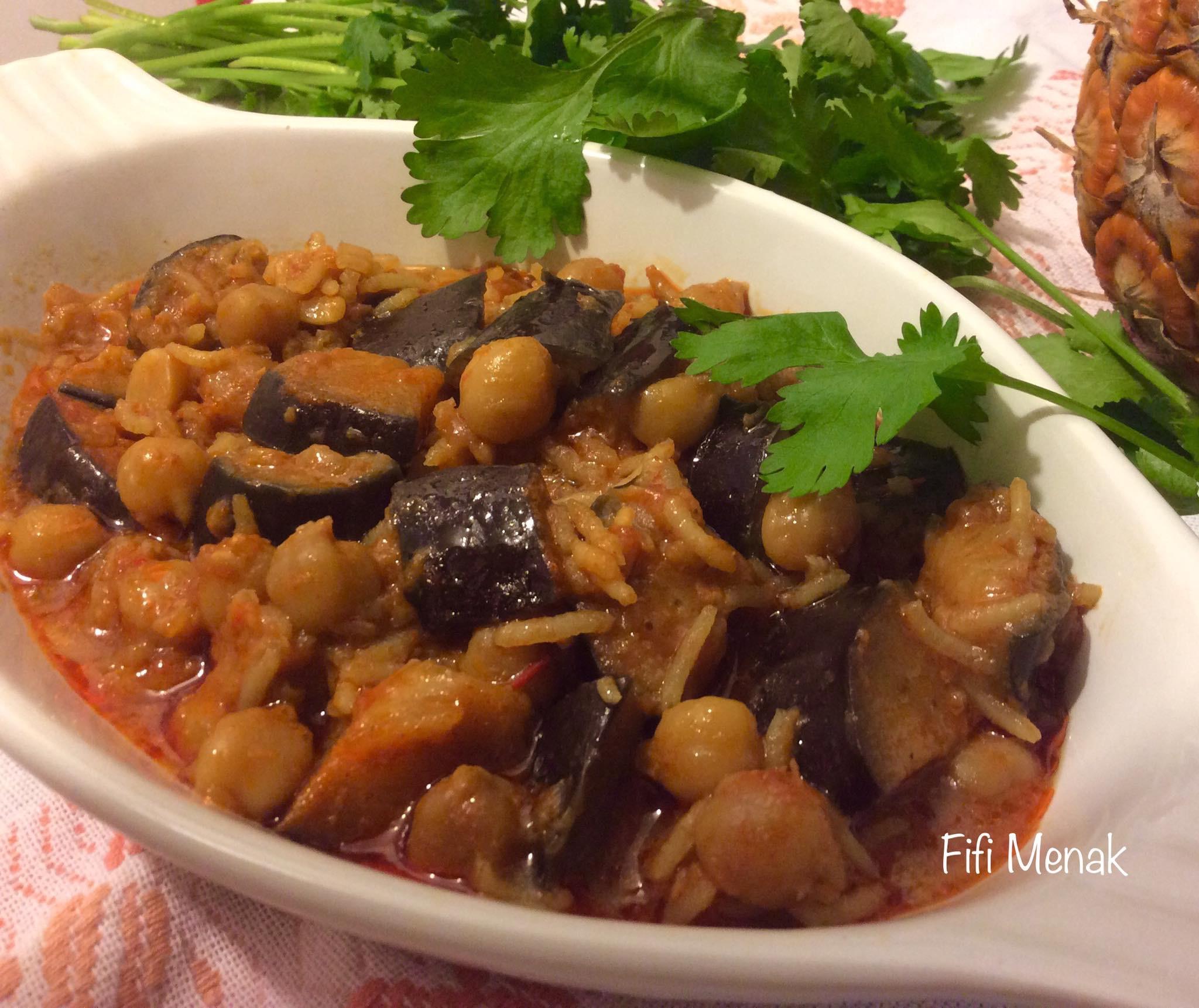Aubergines en sauce aux pois chiches (Yemma Aouicha)