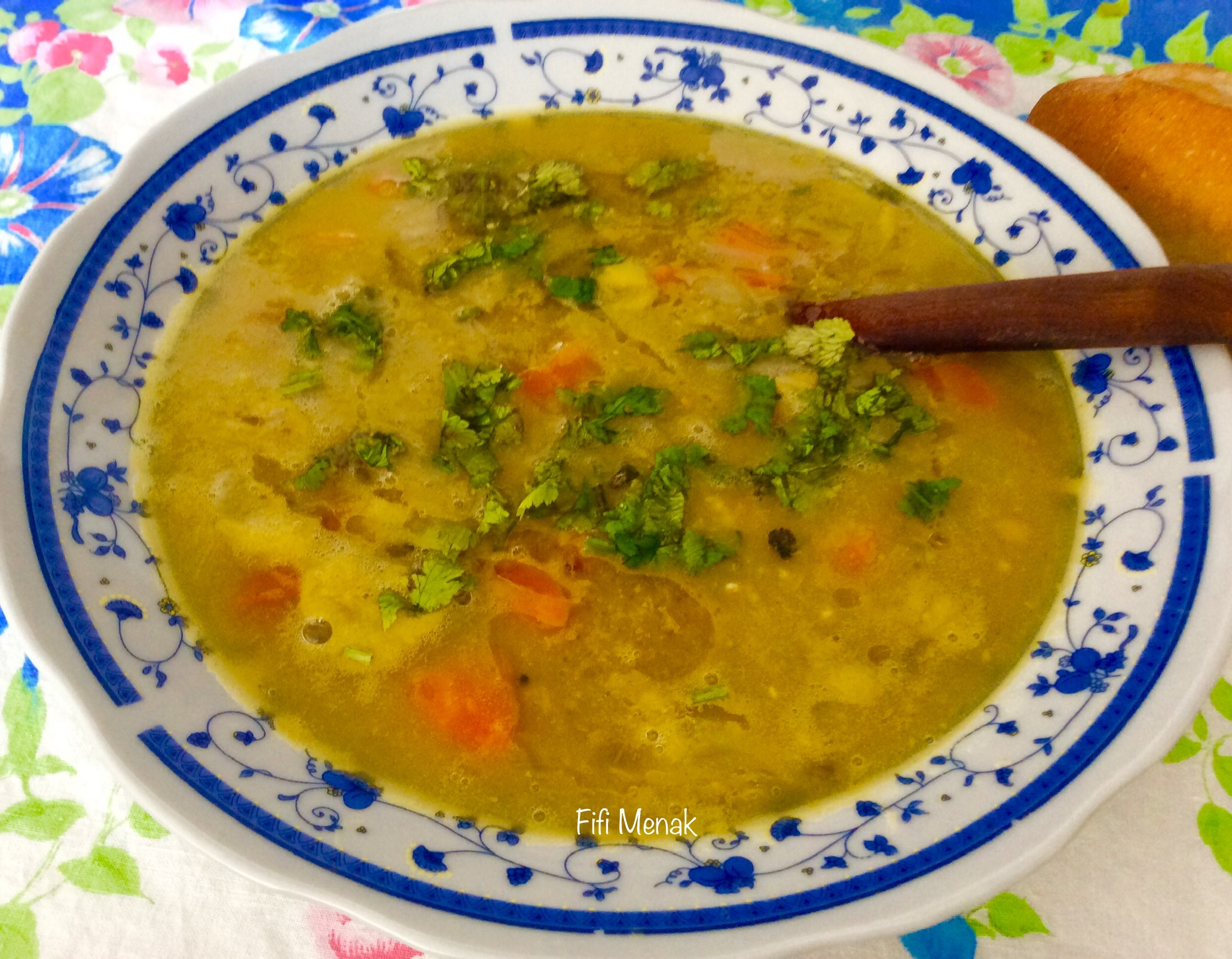 Ma soupe aux petits pois secs (chorba ptipois cassés)